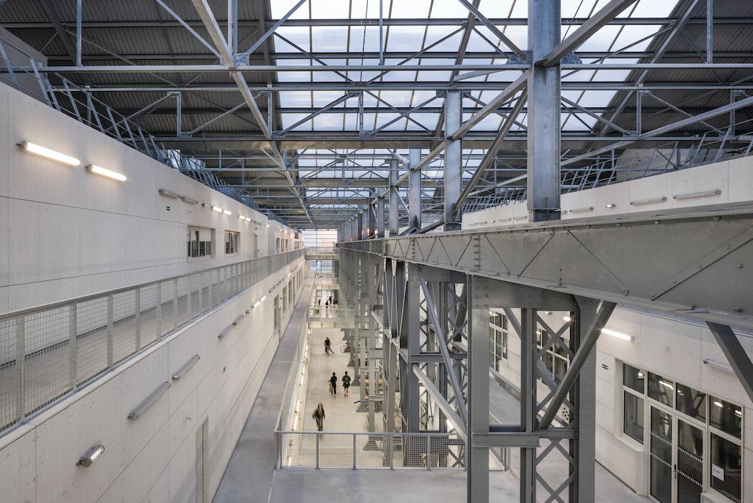 Agence Franklin Nantes les beaux-arts prennent placent dans les halles alstom à nantes – le